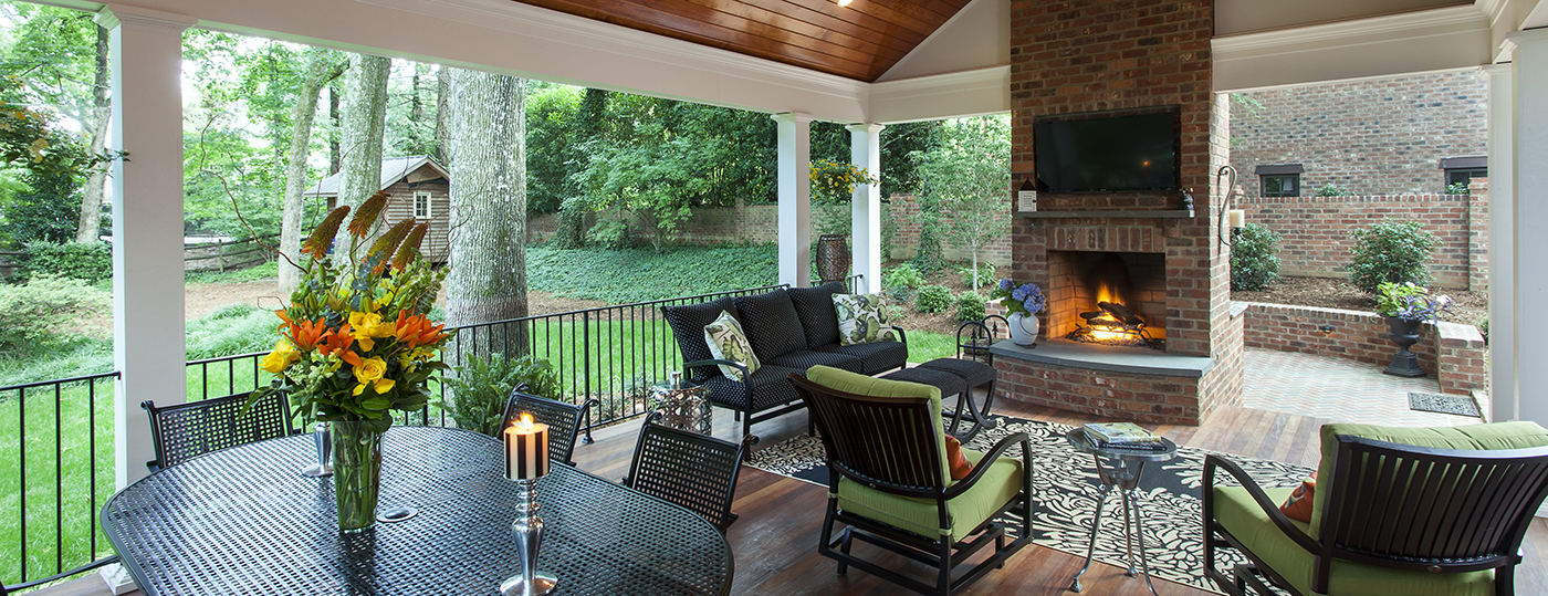 Forest Drive Outdoor Living Area