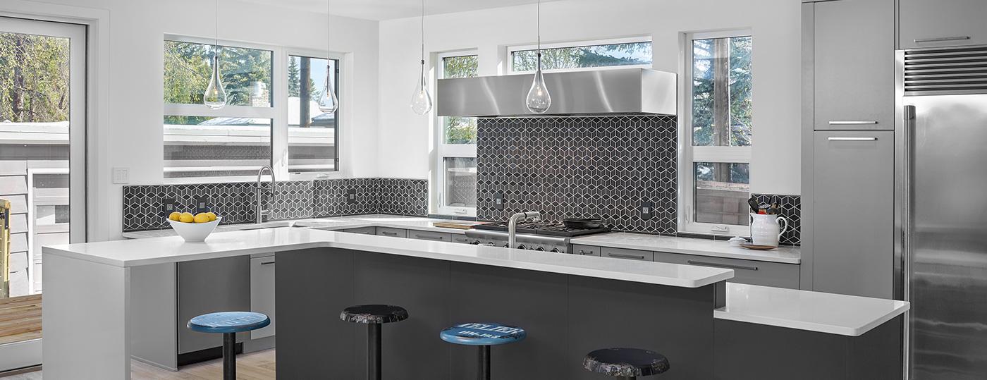 Creative ideas for your south etobicoke kitchen backsplash for Creative renovations