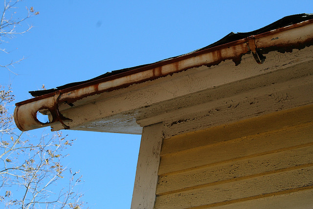 Keeping Your Gutters Clean Alair Homes Edmonton